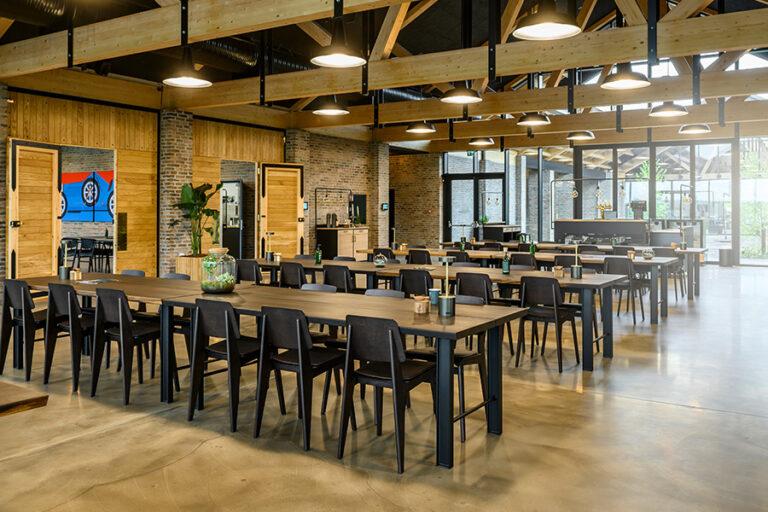 Restaurant-900x600